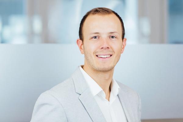 Benedict Bauer - Consultant