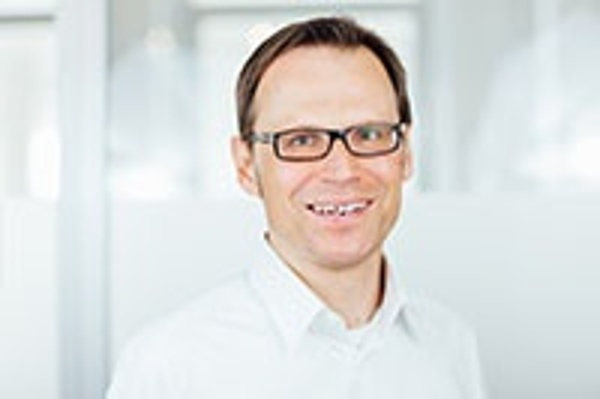 Björn Thomas - Manager Business Consulting & PreSales