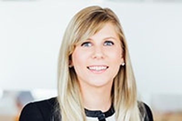 Marta Flietner - Consultant